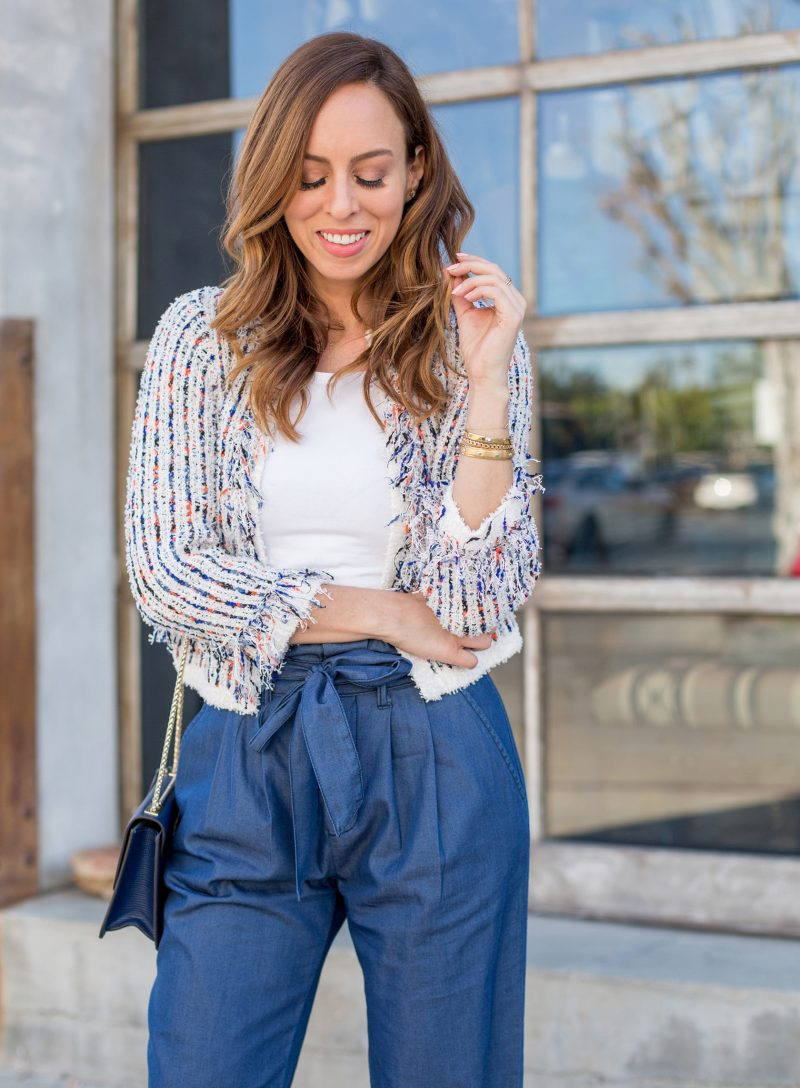 37d6c1cfd7da0 Sydne-Style-shows-how-to-wear-a-cropped-cardigan-for-office-outfit-ideas