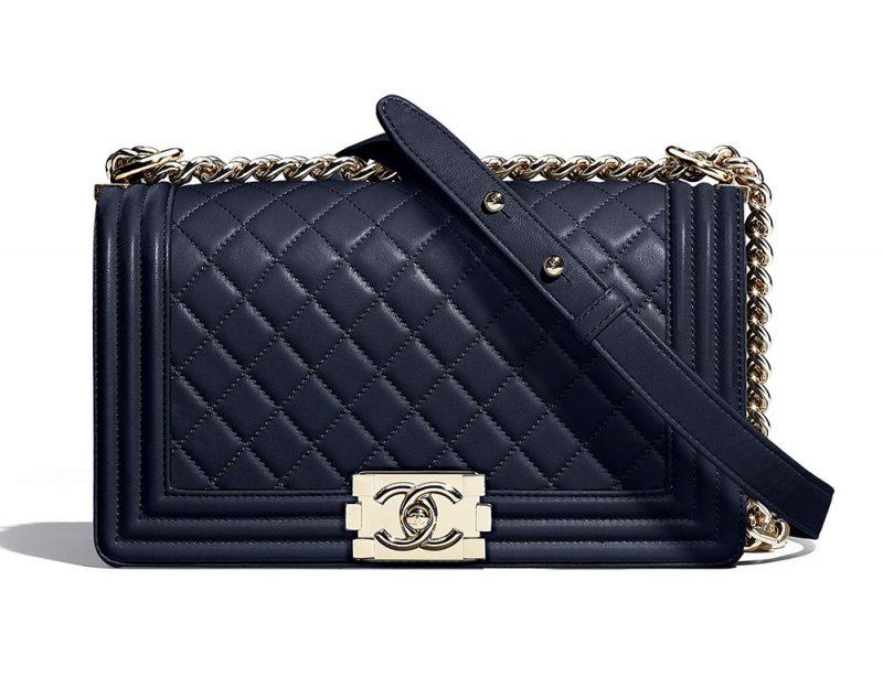 15c5956b8c0d Antara selebriti antarabangsa yang dilihat memakai Chanel ialah Kristen  Stewart, Nicole Kidman dan Liu Wen.